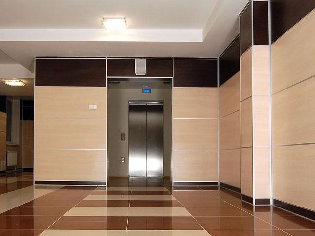 Облицовка коридора МДФ панелями