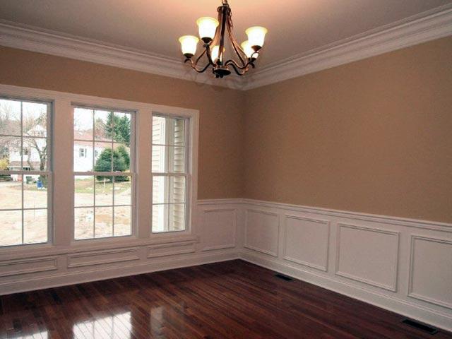 Расширение пространства комнаты с помощью молдингов